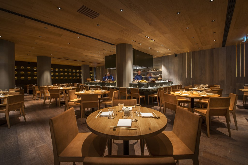 into-lighting-roka-aldwych(4)