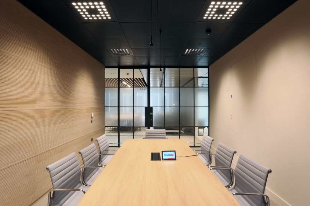 into-lighting-corporate-HQ(6)