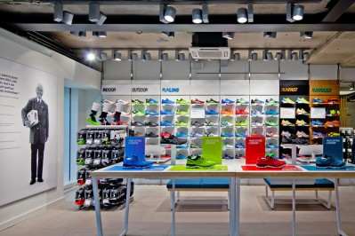 into-lighting-asics-flagship-paris(1)