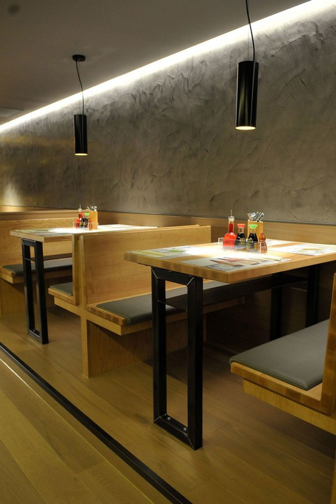 into-lighting-wagamama-trafford6