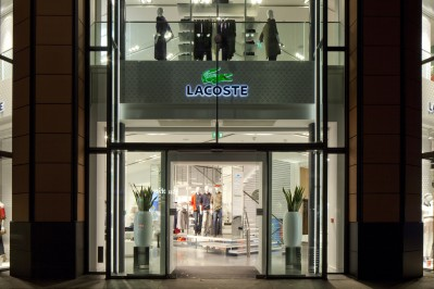 into-lacoste-01